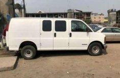 GMC Savanna Bus 2001 White for sale