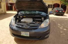 Toyota Sienna 2007 LE 4WD Gray for sale