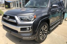 2017 Toyota 4-Runner Automatic Petrol for sale