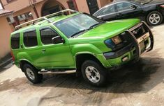 Nissan Xterra 2001 Automatic Green for sale
