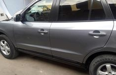 Hyundai Santa Fe 2007 2.7 Automatic Gray for sale