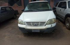 Ford 2000 2000 White for sale