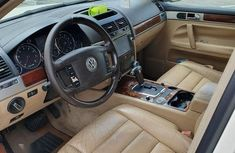 Volkswagen Touareg 2006 3.2 Automatic White for sale