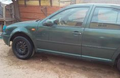 Volkswagen Bora 2004 1.6 Green for sale