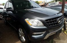 Mercedes Benz ML 350 2013 Gray for sale