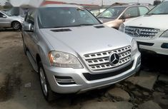 Mercedes Benz ML 350 4matic 2010 Silver for sale