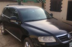 Volkswagen Touareg 2006 3.0 V6 TDi Automatic Black for sale