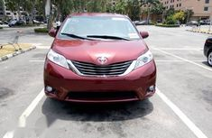 Toyota Sienna 2013 LE FWD 8-Passenger Red for sale