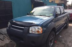 Nissan Frontier 2004 Blue for sale