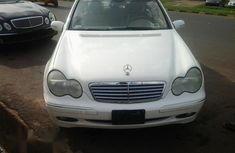 Clean Mercedes Benz CLK240 2004 for sale