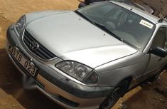 Toyota Avensis 2001 Verso 2.0 VVT-i Automatic Silver for sale