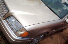 Mercedes-Benz C180 2000 Goldfor sale