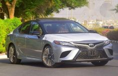 New Toyota Camry 2018 Silver for sale