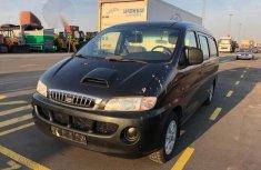 Hyundai H200 2005 Black for sale