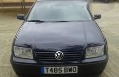Volkswagen Bora 1.6 2002 Blue for sale