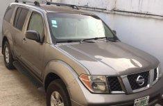 Nissan Pathfinder 2005 SE Brown for sale