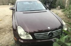 Toks Mercedes-Benz CLS 2006 500 Red for sale