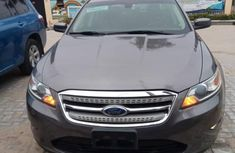 Ford Taurus 2012 SEL Gray  for sale