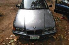 BMW 320i 1998 Blue color for sale