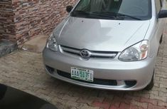 Toyota Echo 2004 Silver for sale