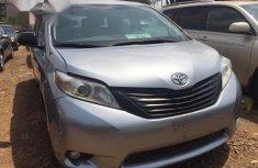 Toyota Sienna 2013 Grayfor sale