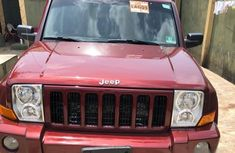 Jeep Commander 2006 Red for sale