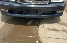 Comfortable Toyota Crown 2002 Blue for sale