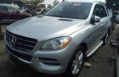 Almost brand new Mercedes-Benz ML350 2013 Silver for sale