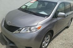 Toks Toyota Sienna 2010 Silver for sale