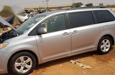 Toyota Sienna 2013 LE AWD 7-Passenger Silver for sale