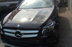 Clean Title Mercedes Benz GLA180 2017 Brown for sale