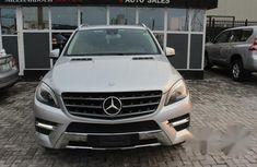 Neatly Used Mercedes Benz Ml500 2014 Silver for sale