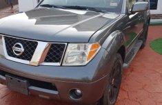 Nissan Pathfinder 2006 SE 4x4 Gray for sale