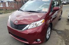 2015 Maroon Toyota Sienna for sale in Lagos