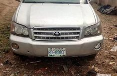 2005 Toyota Highlander Automatic Petrol well maintained for sale