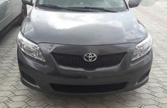 Newly arrived Toyota Corolla 2009 Gray color for sale