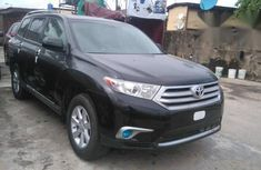 Toyota Highlander 2011 Black color for sale