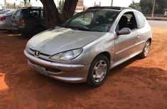 Very clean Peugeot 206 2002 Silver color for sale