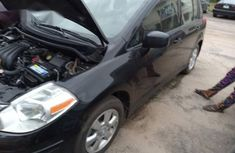 Nissan Versa 1.8 S Hatchback CVT 2012 Black for sale