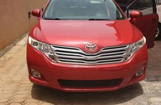 Toyota Venza 2010 V6 AWD Red for sale