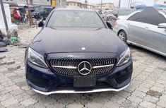 Mercedes-Benz C300 2015 Blue color for sale
