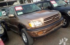 Toyota Tundra 2002 Gold for sale