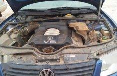 Volkswagen Passat Sedan GLS 2004 Blue for sale