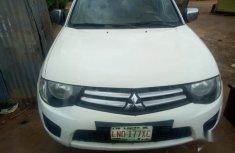 Mitsubishi L200 2012 White for sale