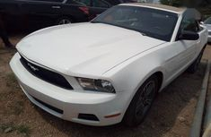 Ford Mustang GT Premium 2010 White for sale