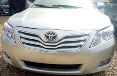 Toyota Camry 2010 Silver color for sale