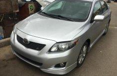 Toyota Corolla 2010 Silver color for sale