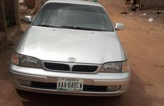 Toyota Carina 2000 Gray FOR SALE