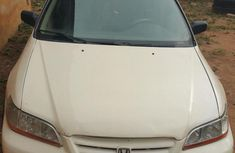 Honda Accord 2000 White for sale