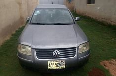 Volkswagen Passat 2003 Gray for sale